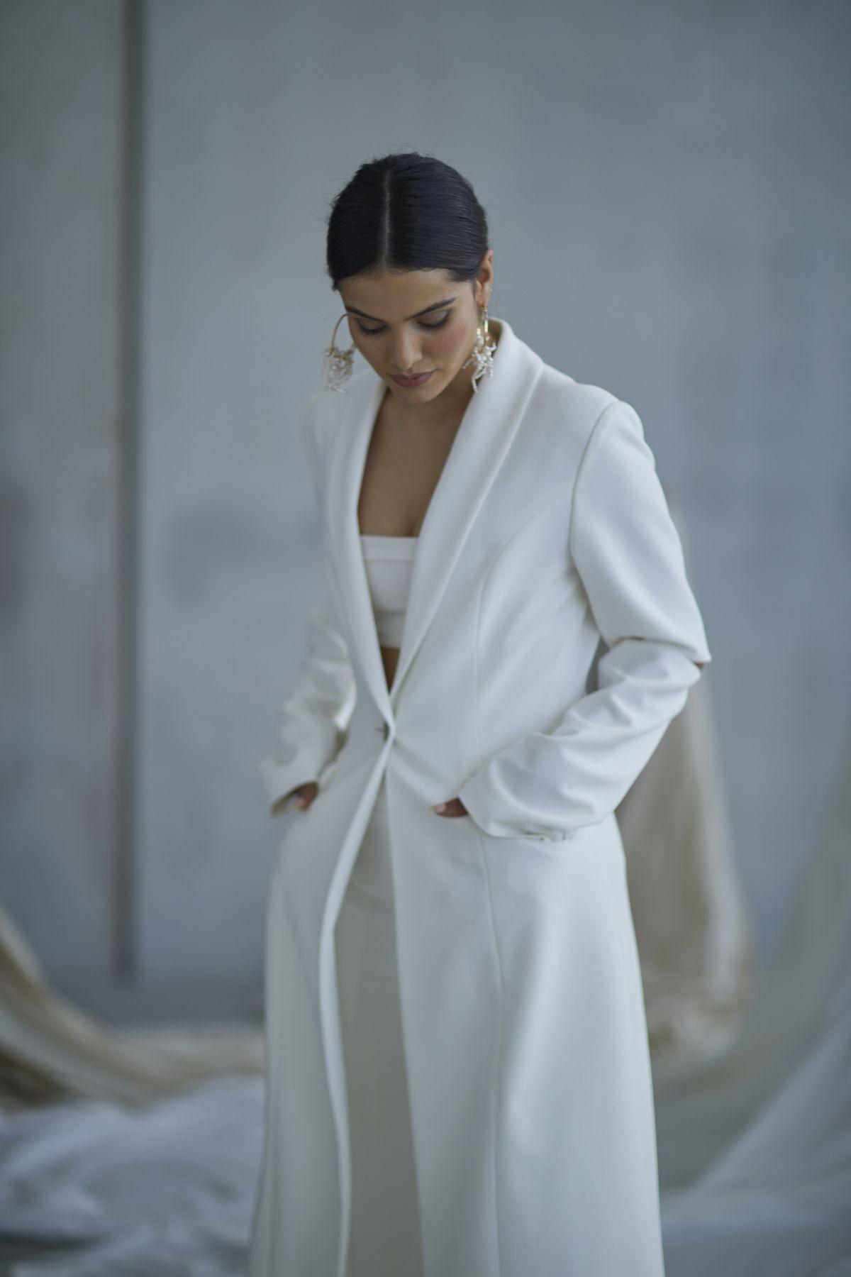 Marx Coat Wedding Gown 21_3589 1800Px