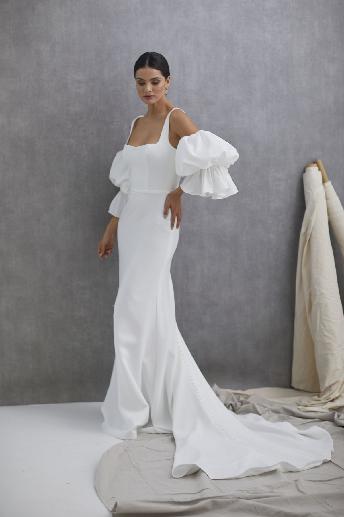 Nebbia Sleeves French Crepe Wedding Gown 34_2410