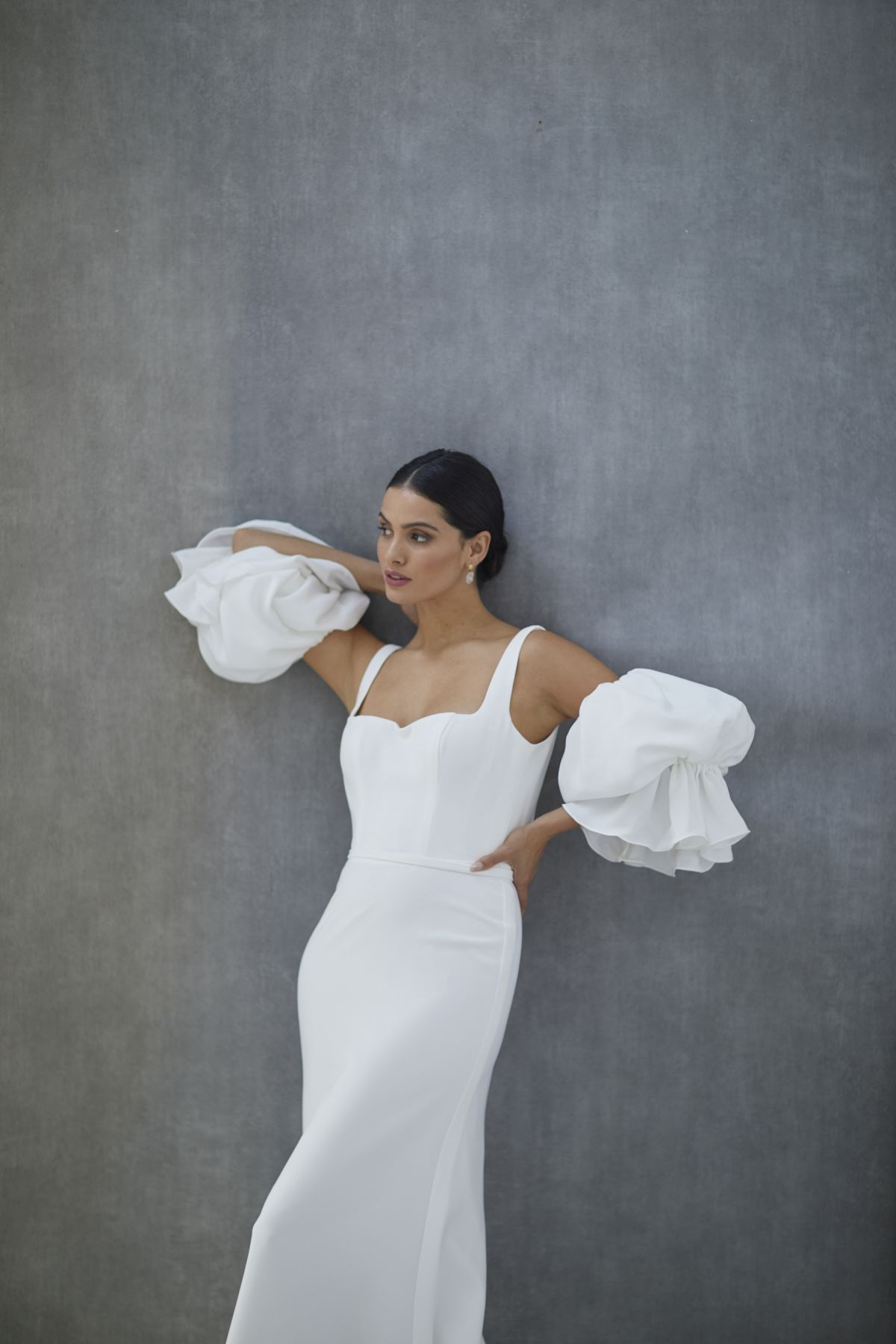 Nebbia Sleeves French Crepe Wedding Gown 34_2423