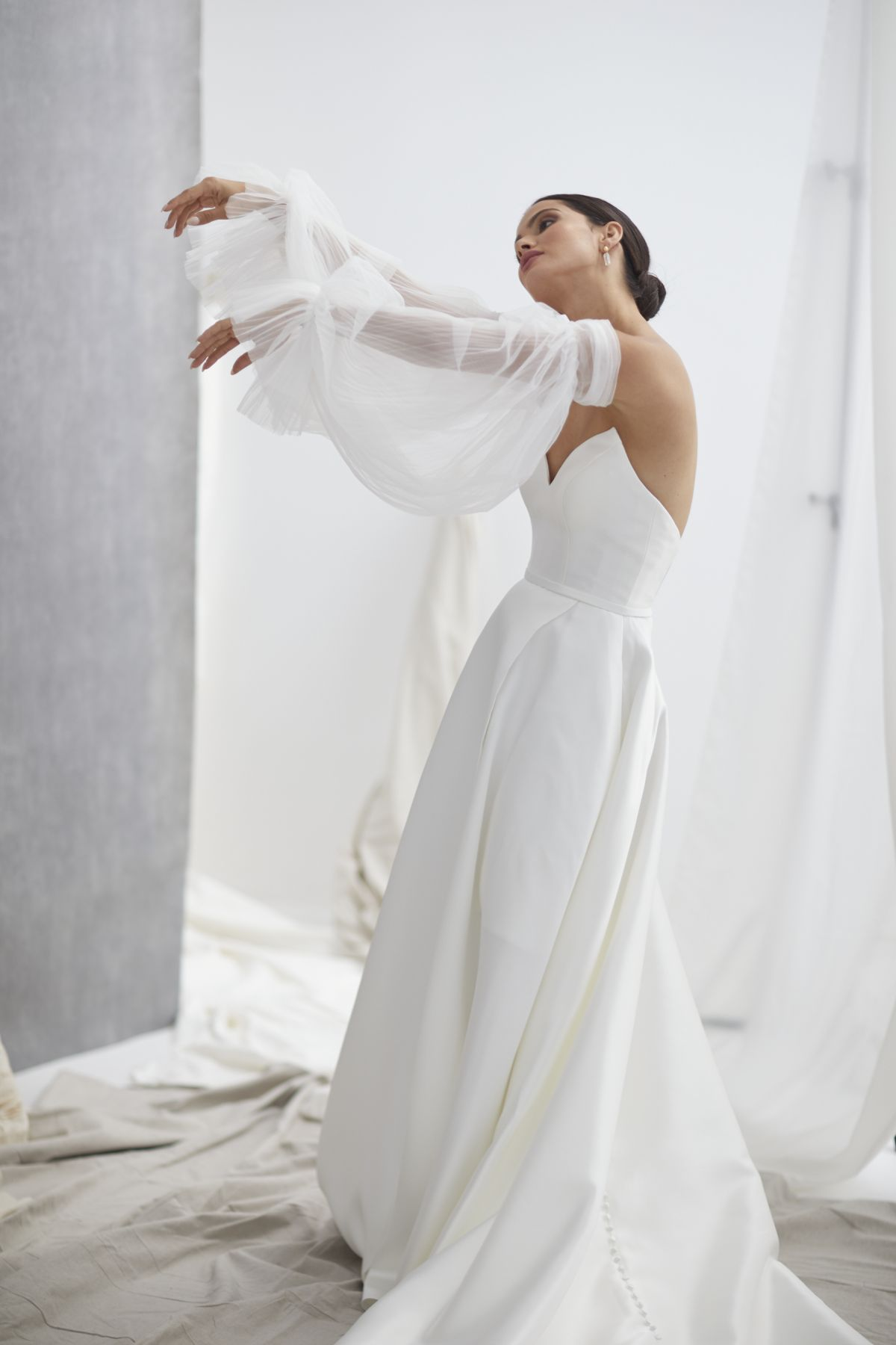 Neve Sleeves Pleated Tulle Wedding Gown 15_1271
