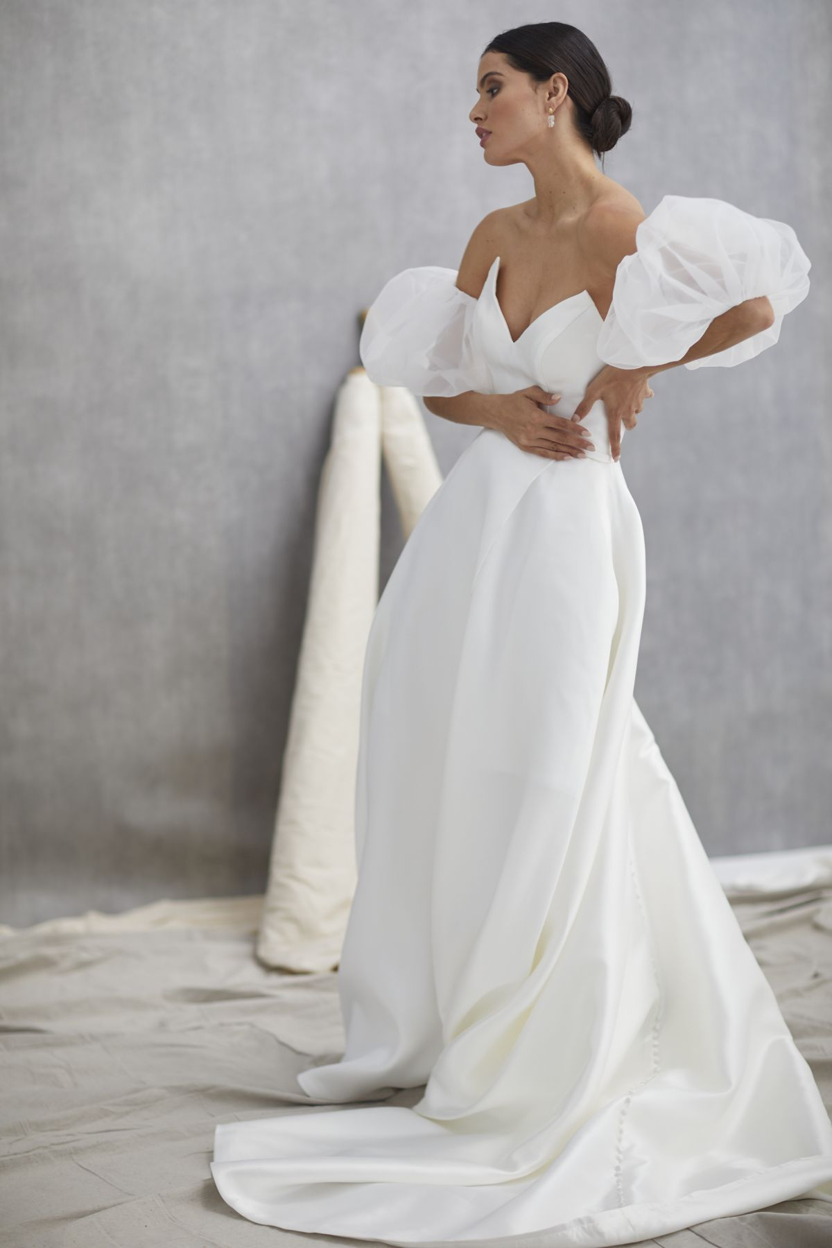 Nuvole Sleeves Mikaido Wedding Gown 15_1294