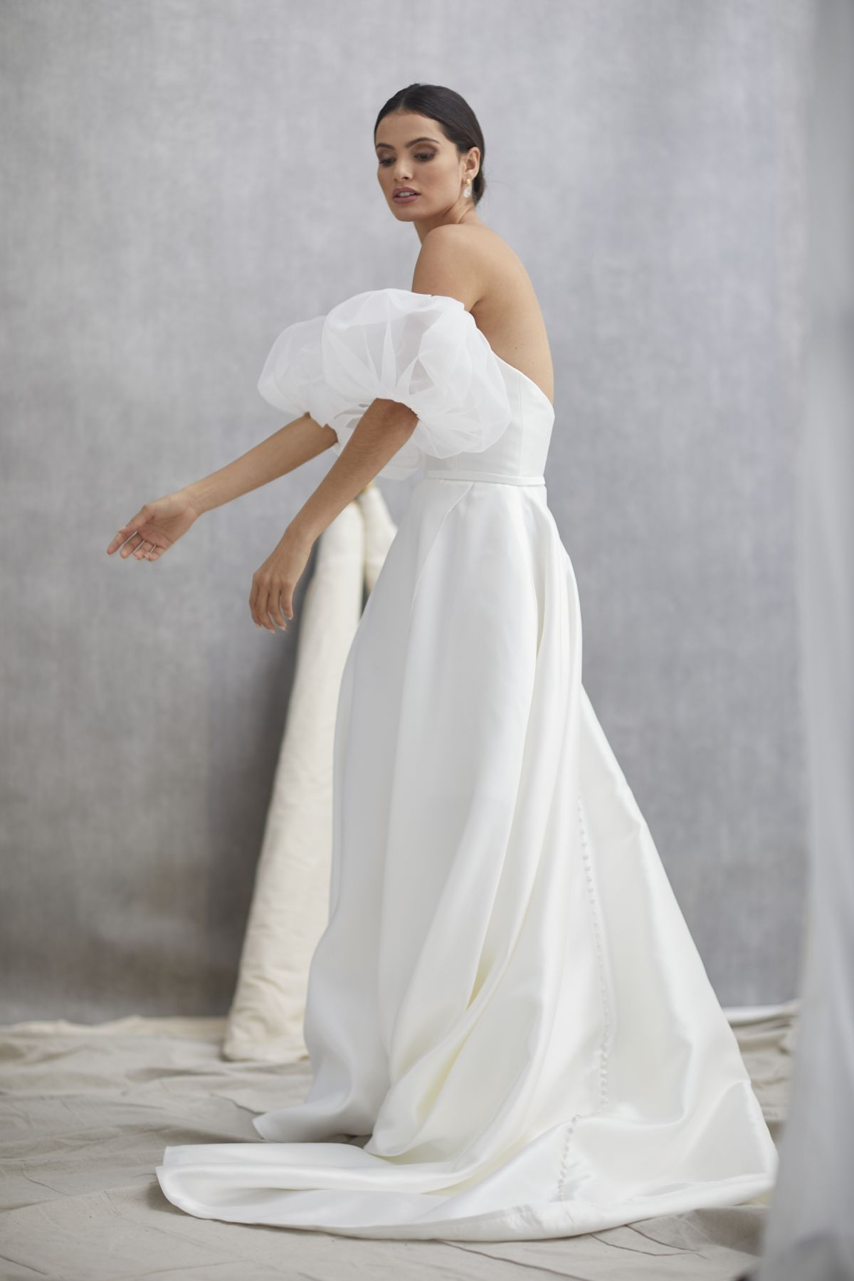 Nuvole Sleeves Mikaido Wedding Gown 15_1300