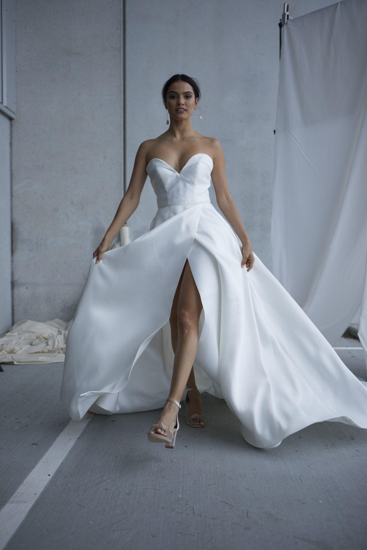 Scarlett V2 Wedding Gown 6_0774 1800Px