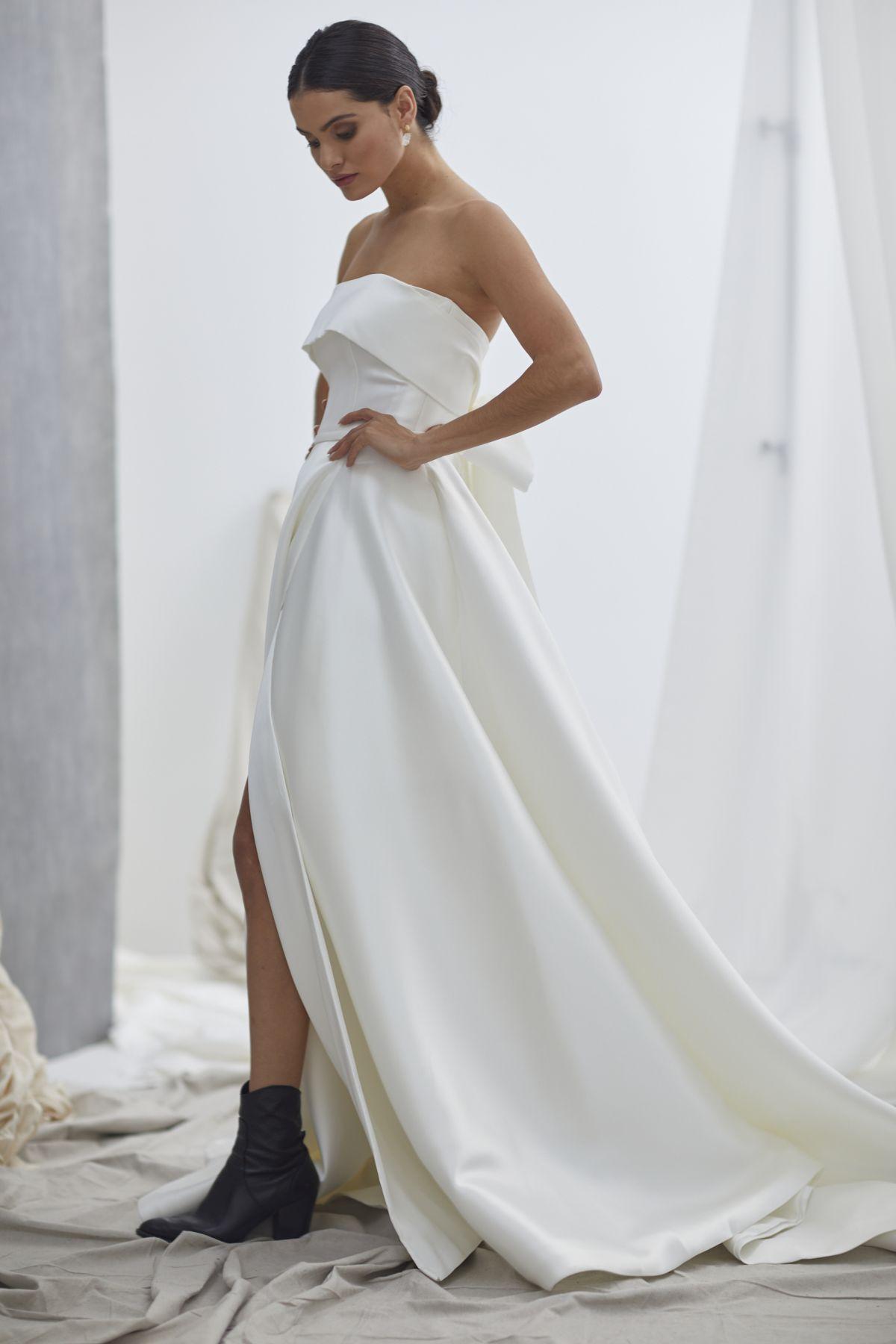 Vivienne Wedding Gown 24_1821 1800Px