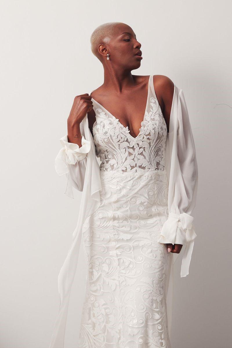 Bosset Curve W Amara Wrap Wedding Gown _05 1098