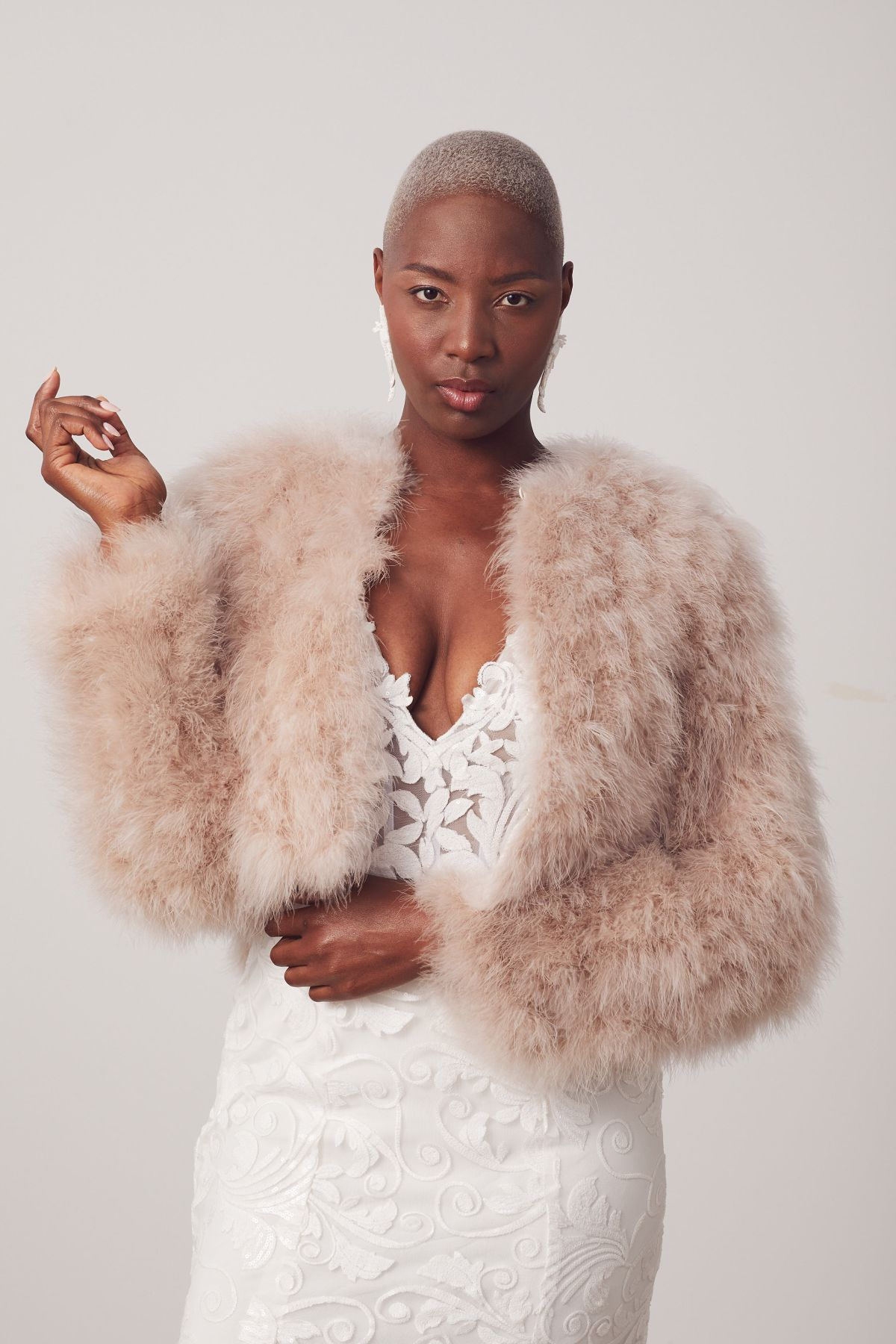 Bosset W Fur Capes Wedding Gown 26_Bossetbo 3798