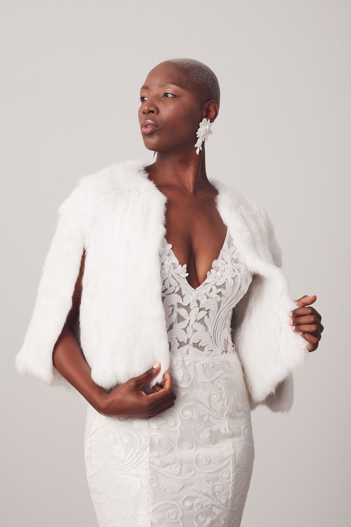 Bosset W Fur Capes Wedding Gown 26_Bossetbo 3813