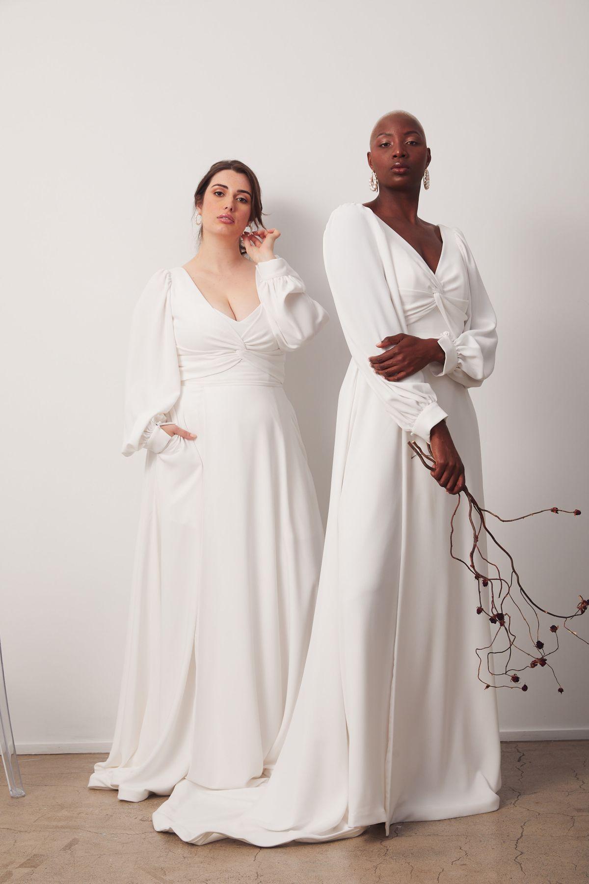 Elizabeth Curve Wedding Gown _16 3146