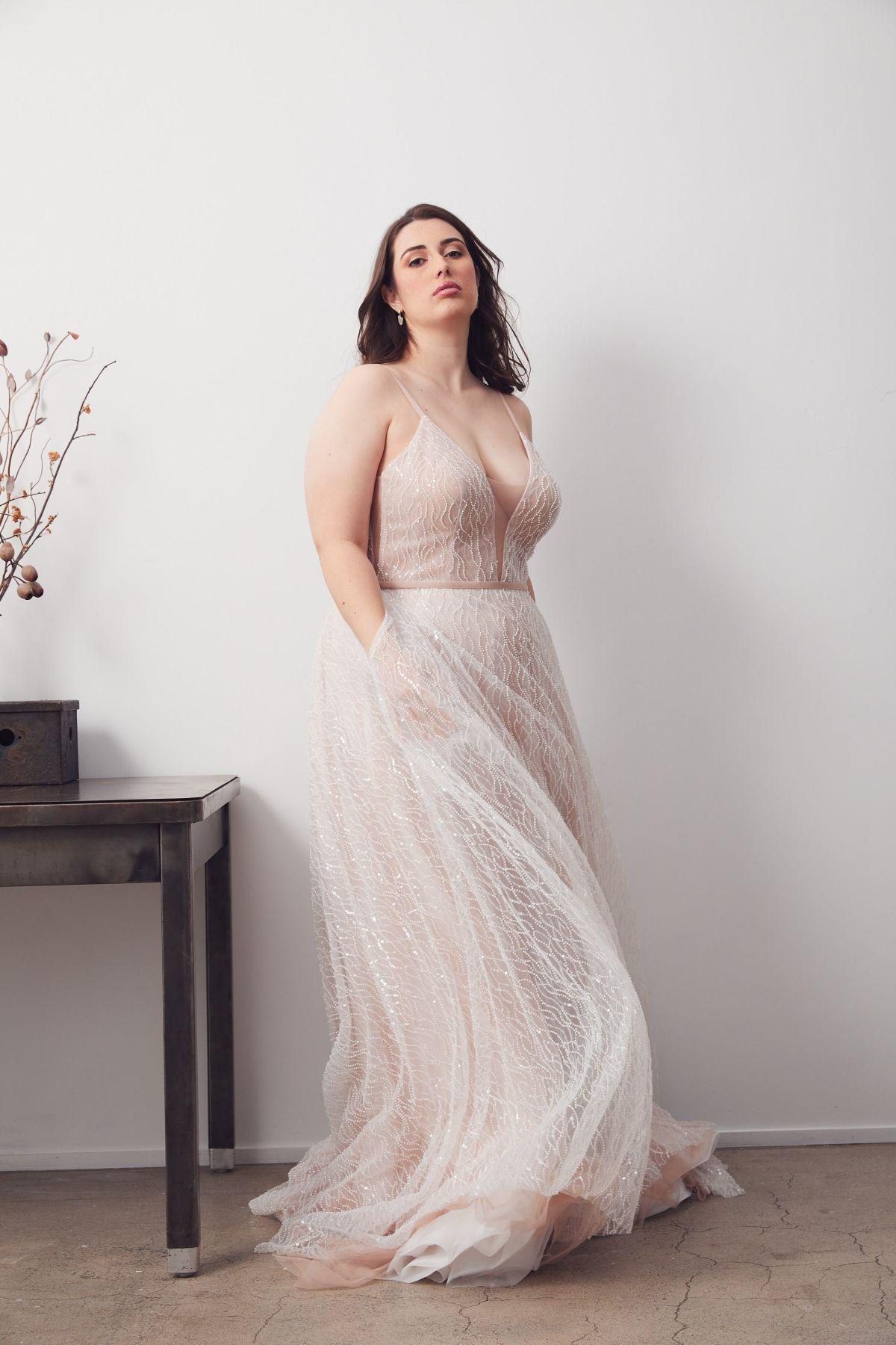 Laurent Blush Curve Wedding Gown _06 1168