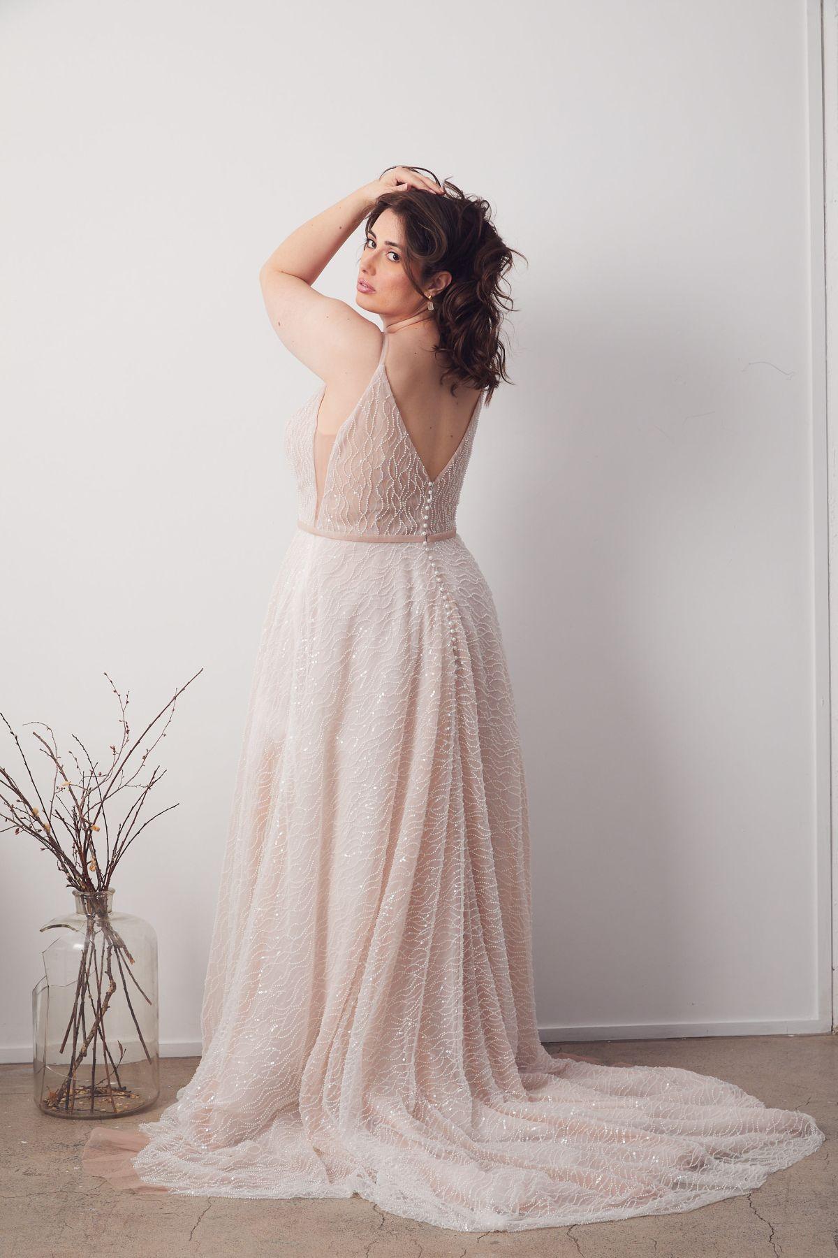 Laurent Blush Curve Wedding Gown _06 1376