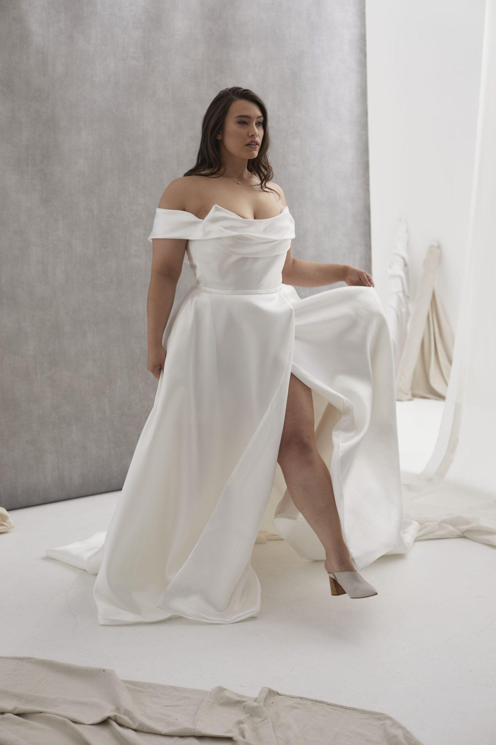Le Belle V1 Curve Hera_July2021_Isabella_Shot2_0211