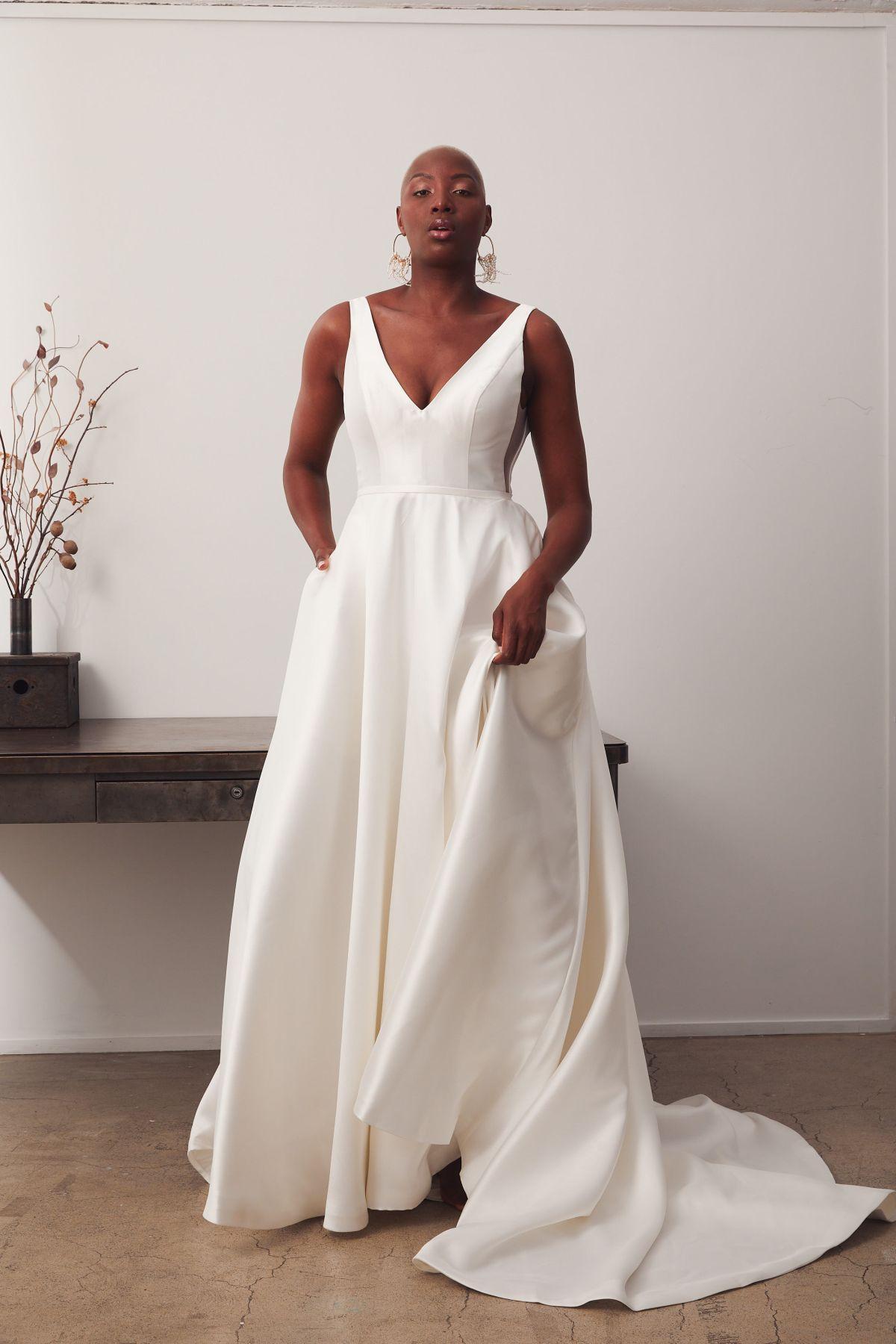 Versailles Curve Wedding Gown _09 1908