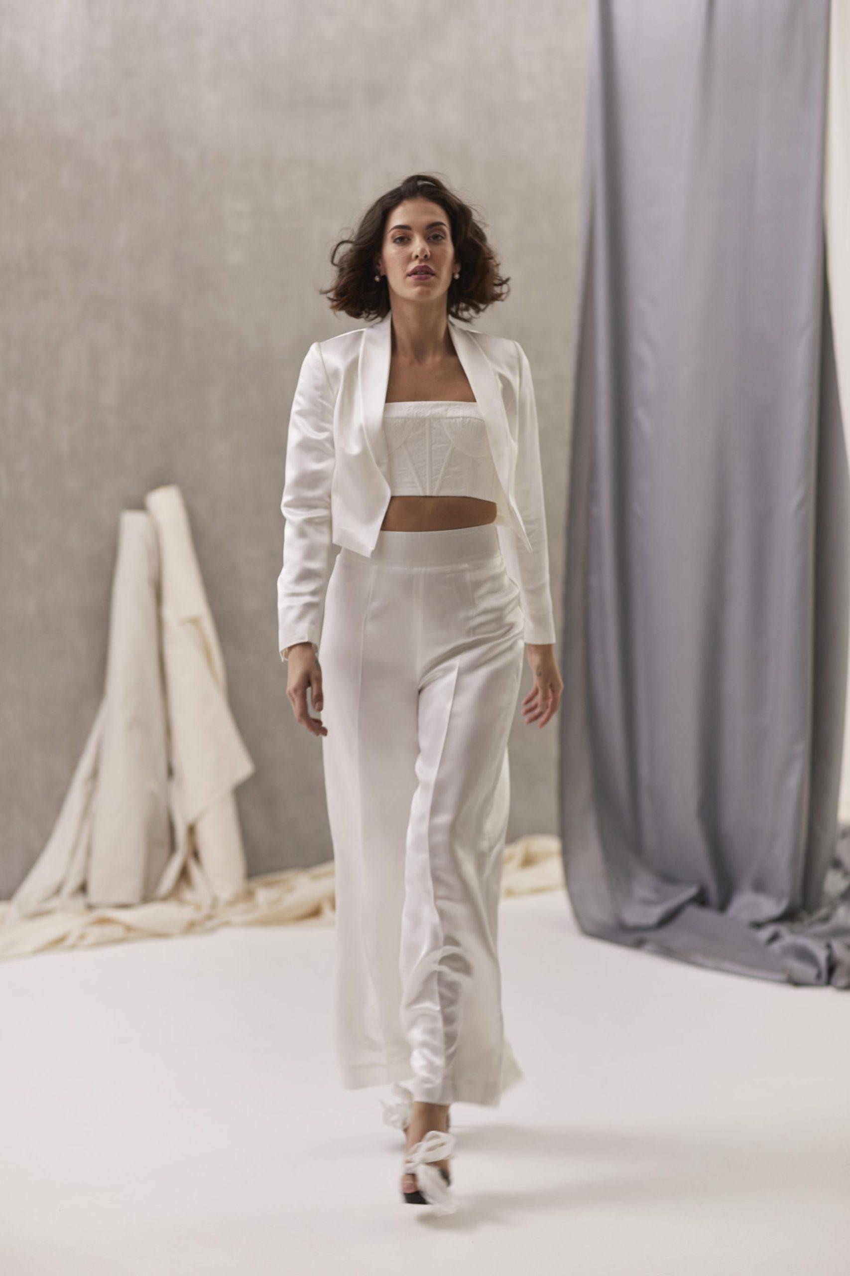Verona Suit W Bernadette Bustier Hera_July2021_Shot33_5360