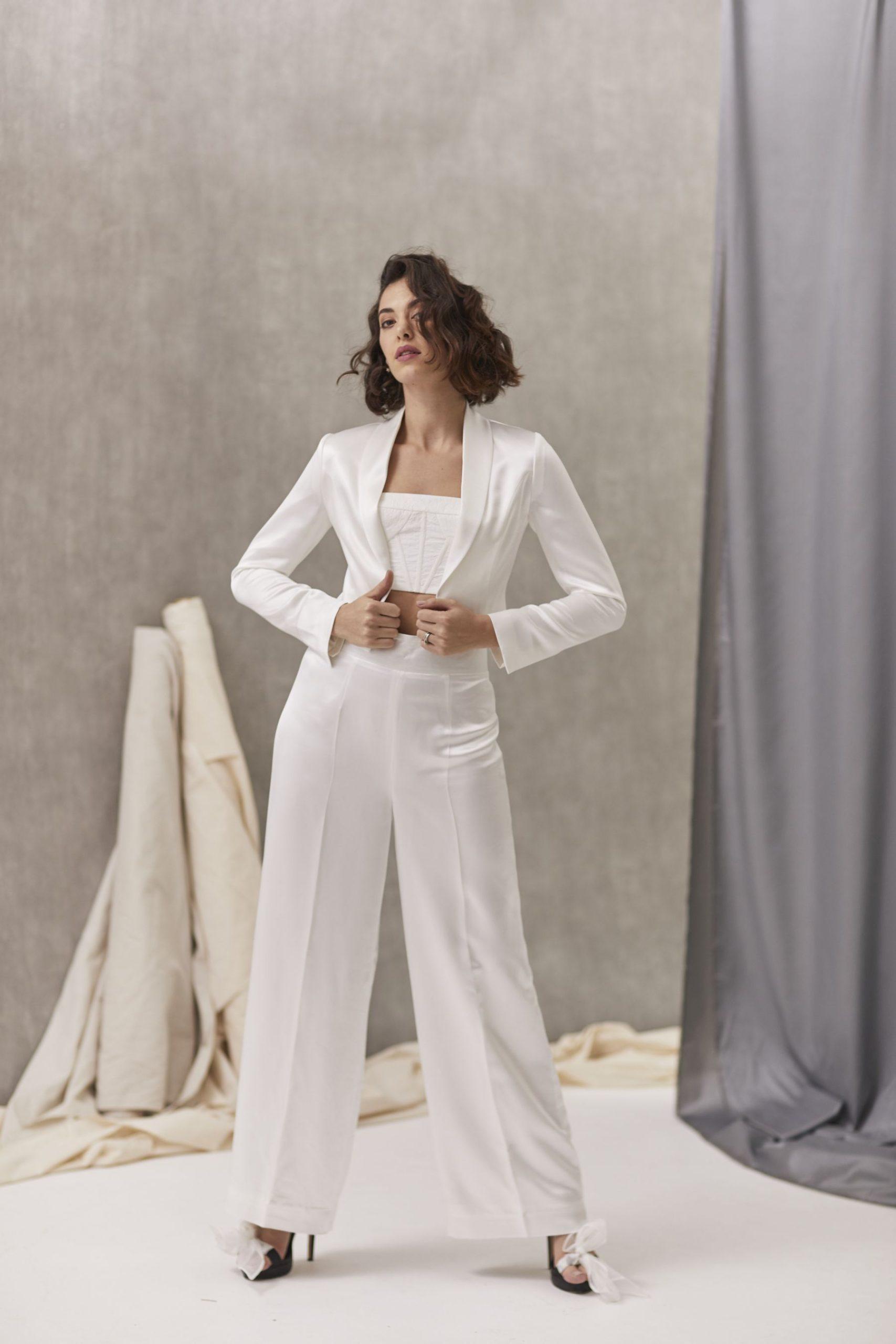 Verona Suit W Bernadette Bustier Hera_July2021_Shot33_5508