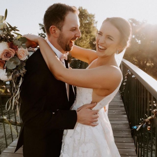 Congratulations Lauren + Matt 🥂 #HCbride wearing C a s a d o  Via our Hera Stockist @theveilcollective  Brisbane, Australia 🇦🇺   All the very best to you both with many beautiful journeys to come ♥️