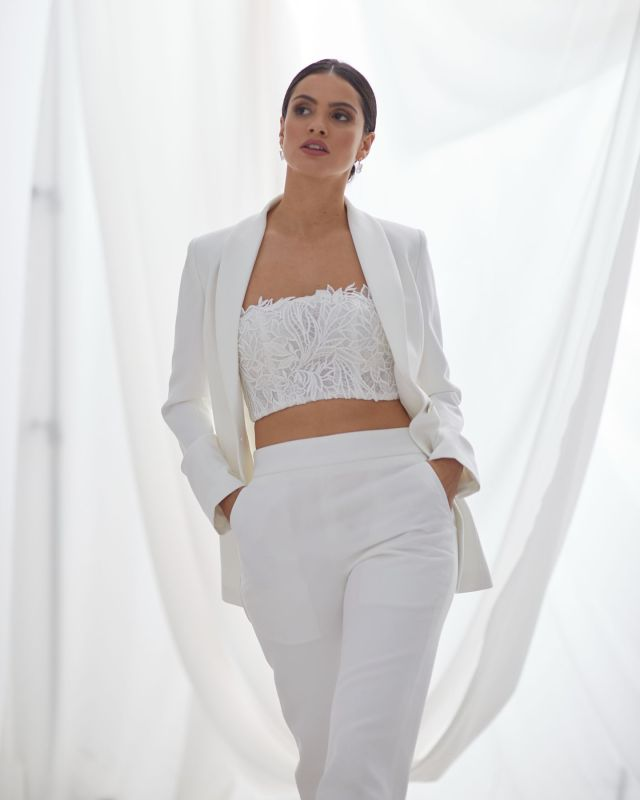 London brides! Experience all things Hera at @heart_aflutter bridal with their extensive range including the Louvre Jacket V1 & Cigarette pants 💕 #HeraCouture